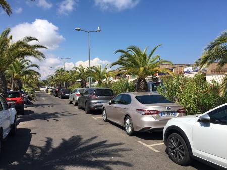 Stationnements au port de Hyères